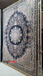 فرش نیاوران 1200 شانه سرمه ای طرح 3609