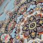 فرش ۷۰۰ شانه کاشان نیاوران زمینه آبی کاربنی کد 700638