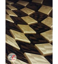 فرش ماشینی کاشان - طرح سه بعدی اتاق پذیرایی زمینه مشکی کد 1373