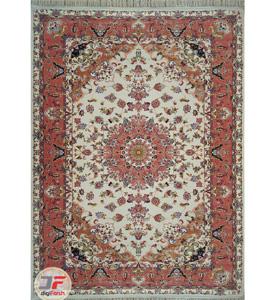 فرش ماشینی بنام تبریز طرح سنتی زمینه کرم کد 2270815