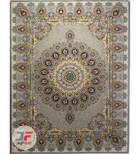 فرش ماشینی 700 شانه طرح طاووس زمینه نقره ای شاهرخ کاشان کد 387012