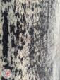 نمای نزدیک فرش مدرن و فانتزی طرح کهنه نمای گل برجسته کرم سرمه ای کد 11-846