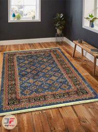 نمای داخل دکوراسیون فرش طرح سنتی زمینه آبی کد 104