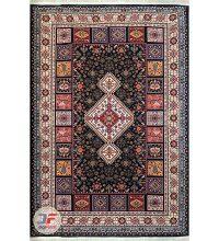 روی فرش ماشینی سنتی زمینه مشکی کد 102