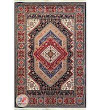 نمای کلی فرش ماشینی سنتی زمینه سرمه ای کد 105