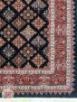 فرش ماشینی طرح سنتی زمینه سرمه ای کد 104