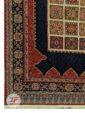 یک چهارم فرش طرح سنتی و دستباف زمینه لاکی کد 103