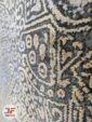 نمای نزدیک از فرش فانتزی طرح وینتیج گل برجسته کد 8001