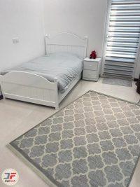 دکور فرش ماشینی فانتزی گبه مخصوص آشپزخانه زمینه طوسی کد 524