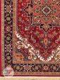 یک چهارم فرش ماشینی قشقایی طرح هریس با زمینه لاکی کد 101